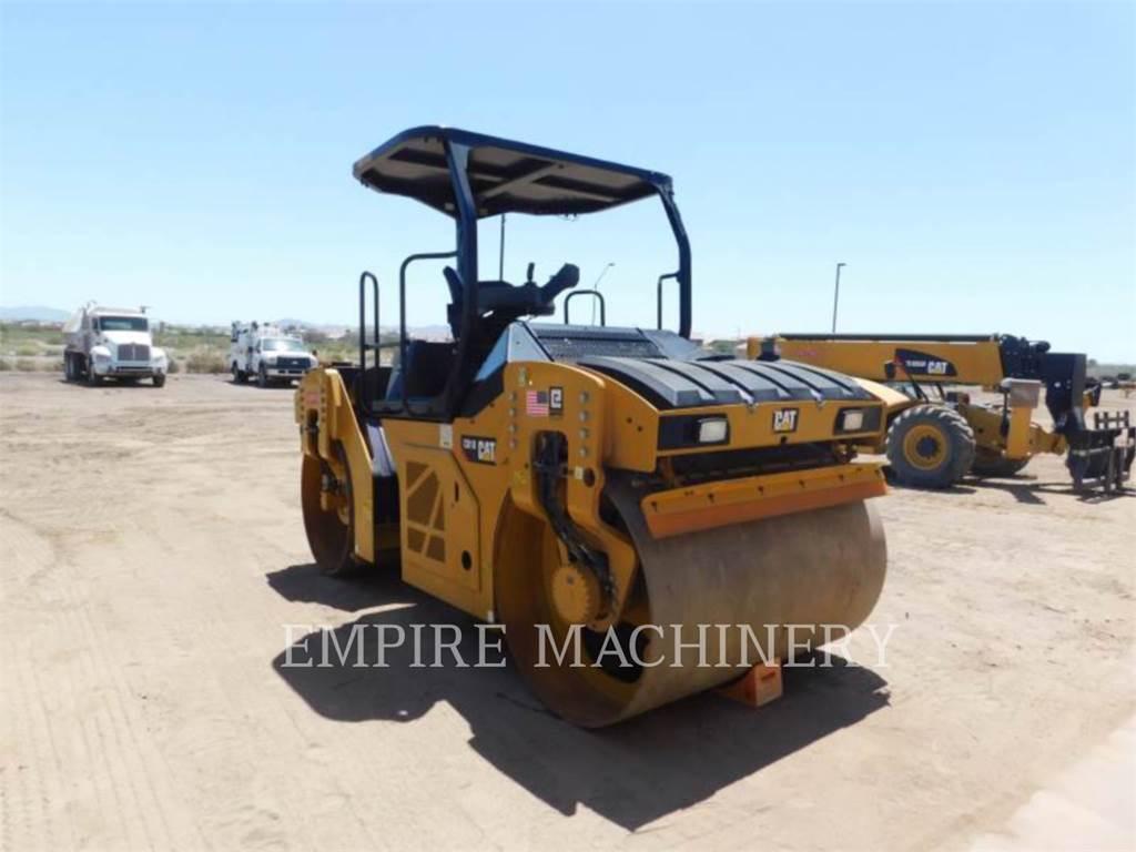 Caterpillar CB10, Twin drum rollers, Construction