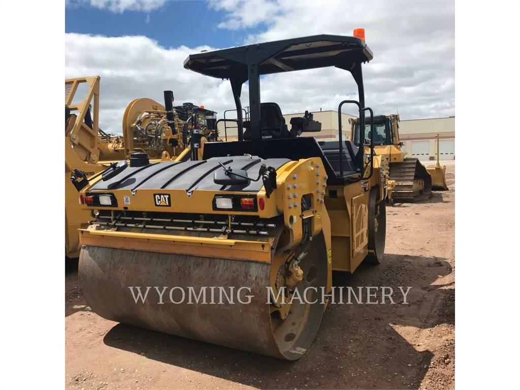 Caterpillar CB15, Asphalt and Tar Sprayers and Sealers, Construction