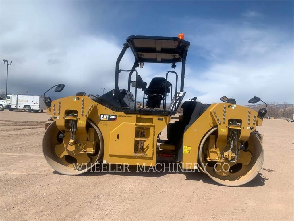 Caterpillar CB15, Twin drum rollers, Construction