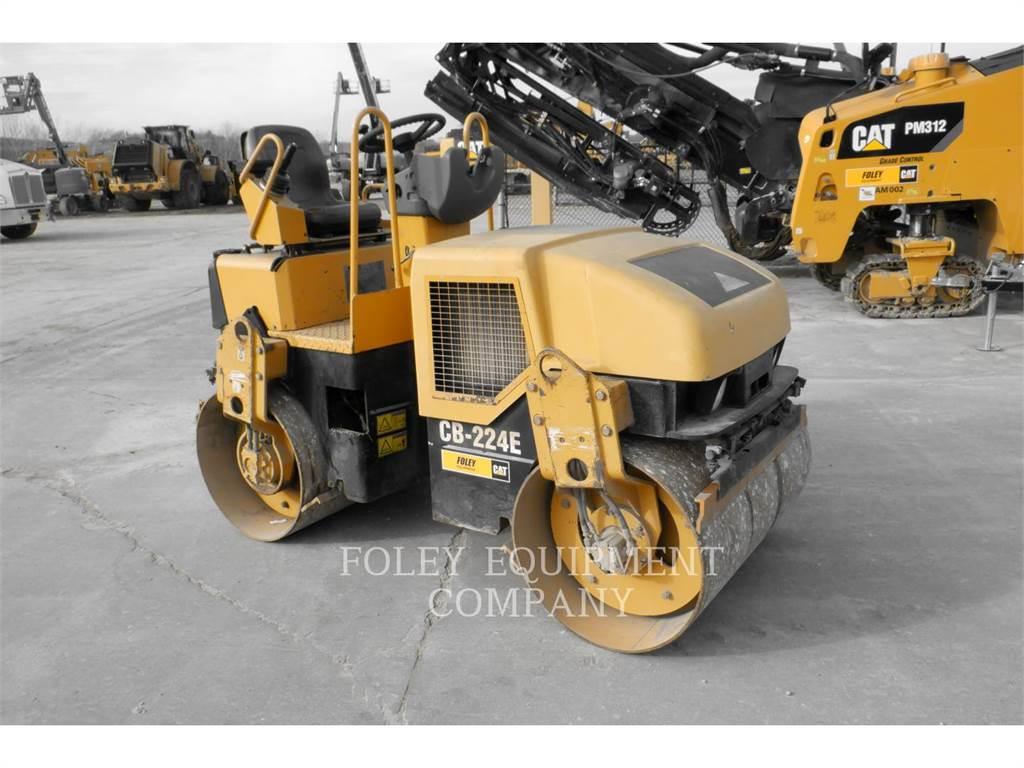 Caterpillar CB224E, Asfaltafwerkmachines, Bouw