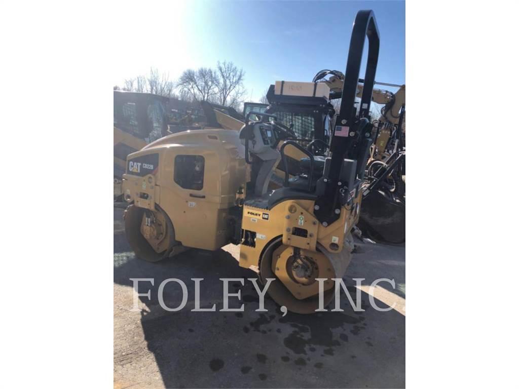 Caterpillar CB22B, Twin drum rollers, Construction