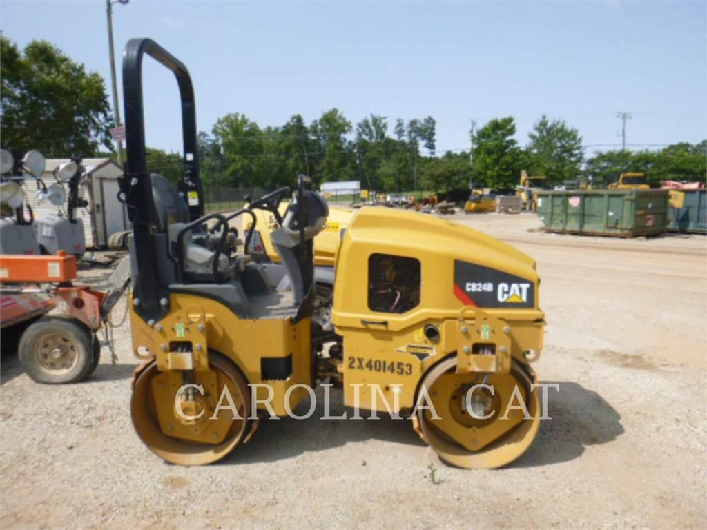 Caterpillar CB24B, Compactors, Constructii