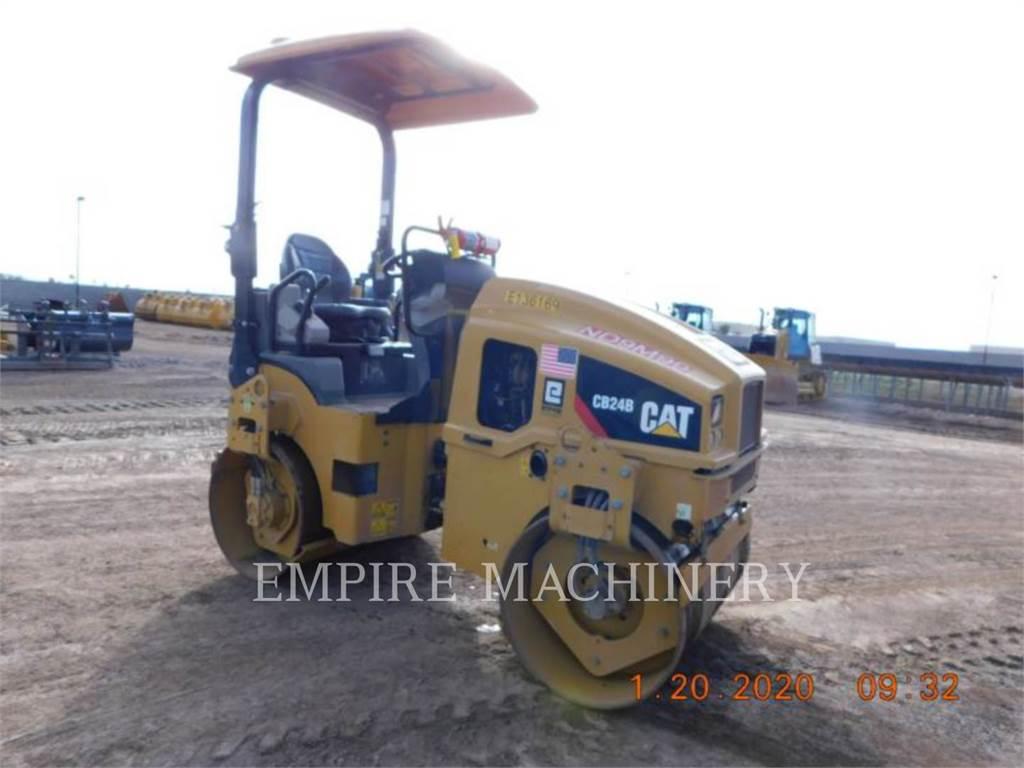 Caterpillar CB24B、双轮压路机、建筑设备