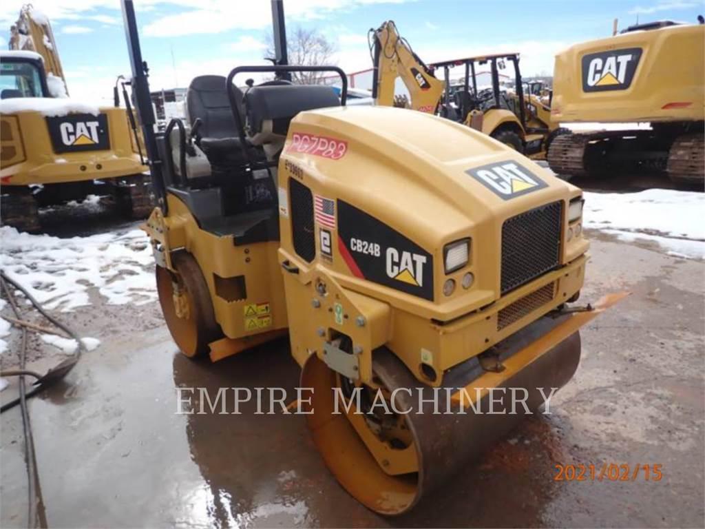 Caterpillar CB24B, Cilindros Compactadores tandem, Equipamentos Construção