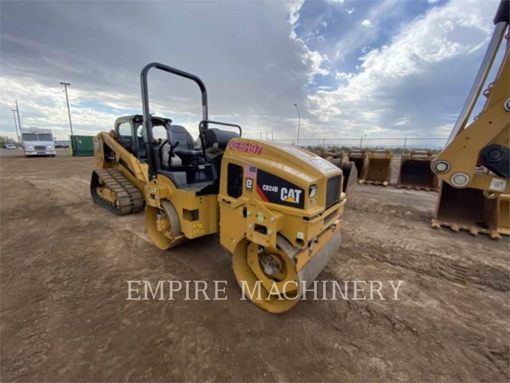 Caterpillar CB24B, Twin drum rollers, Construction