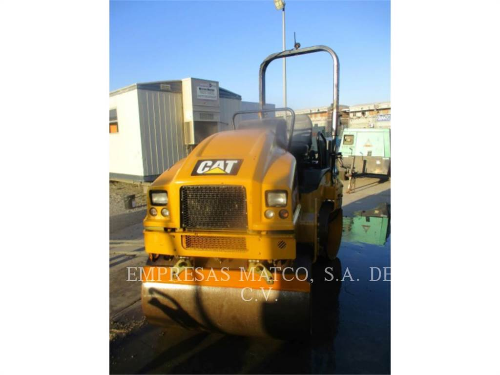 Caterpillar CB24BLRC, Twin drum rollers, Construction