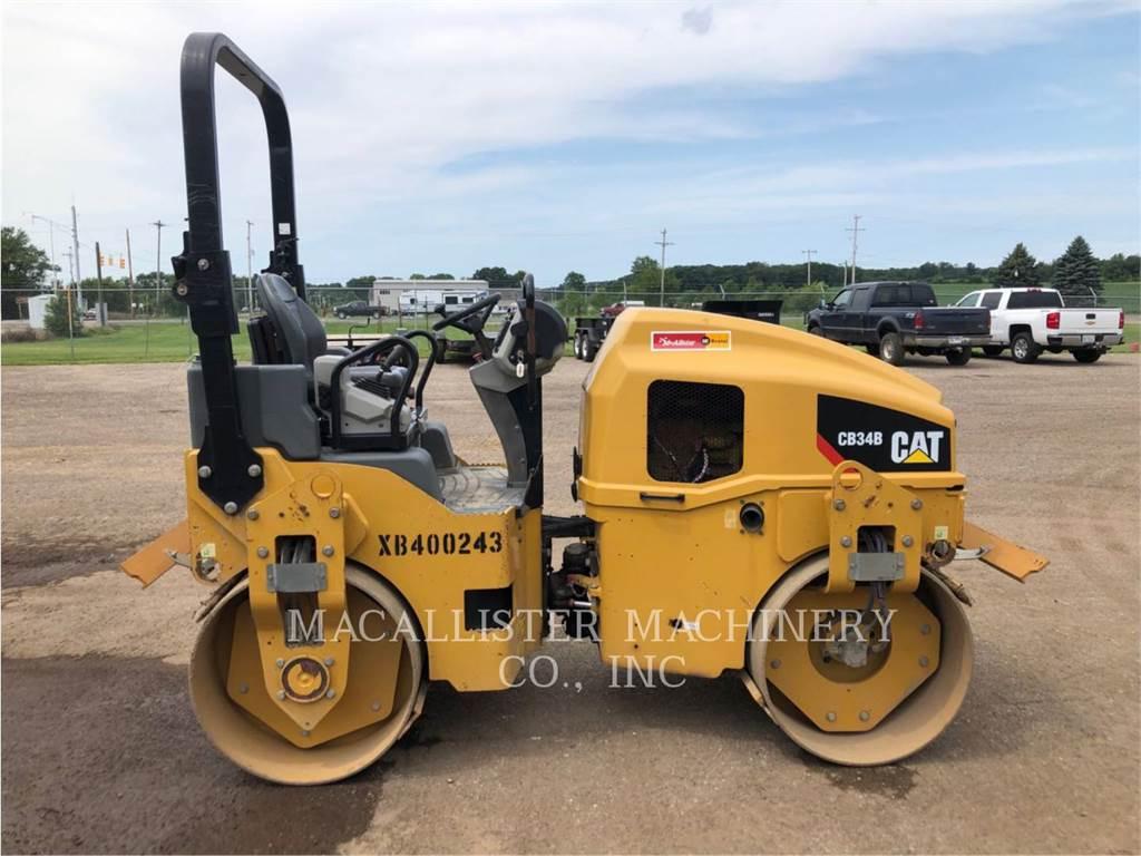 Caterpillar CB34B, Twin drum rollers, Construction