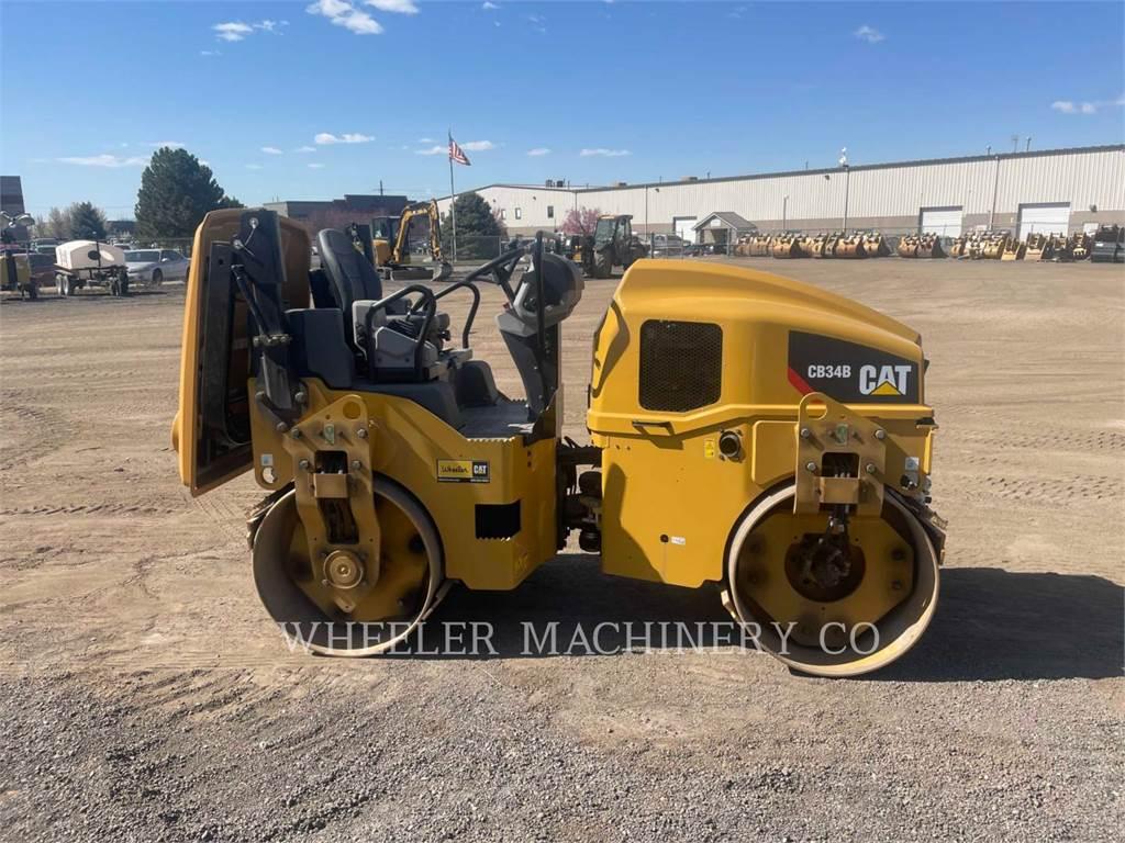 Caterpillar CB34B CN, Twin drum rollers, Construction