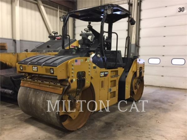 Caterpillar CB44B, Compacteurs de déchets, Équipement De Construction