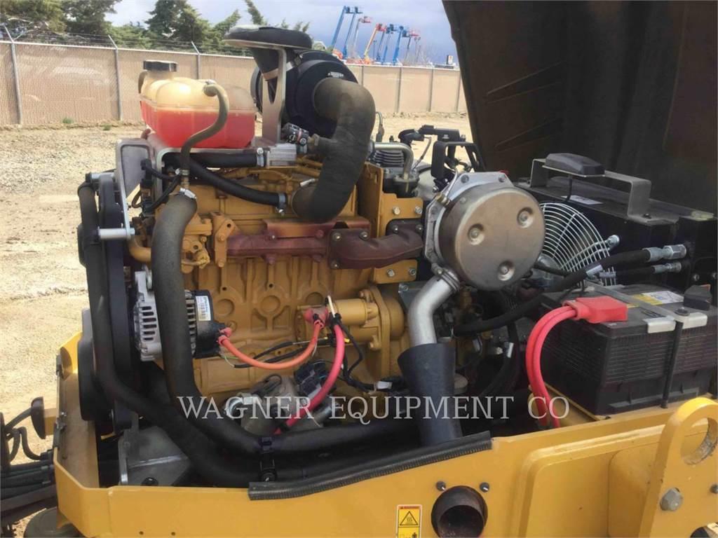 Caterpillar CB54, Compactors, Constructii