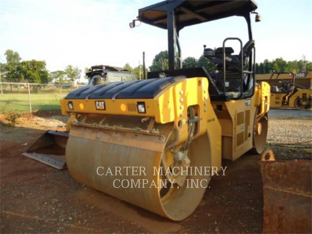Caterpillar CB54B, Compactadores, Construcción
