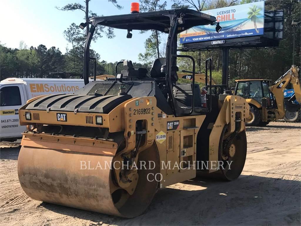 Caterpillar CB54B, Pulverizador de asfalto, Construcción