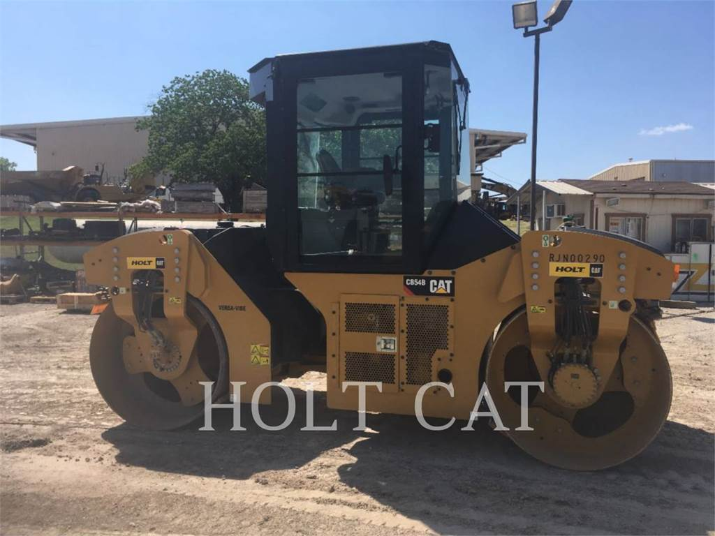 Caterpillar CB54B, Single drum rollers, Construction