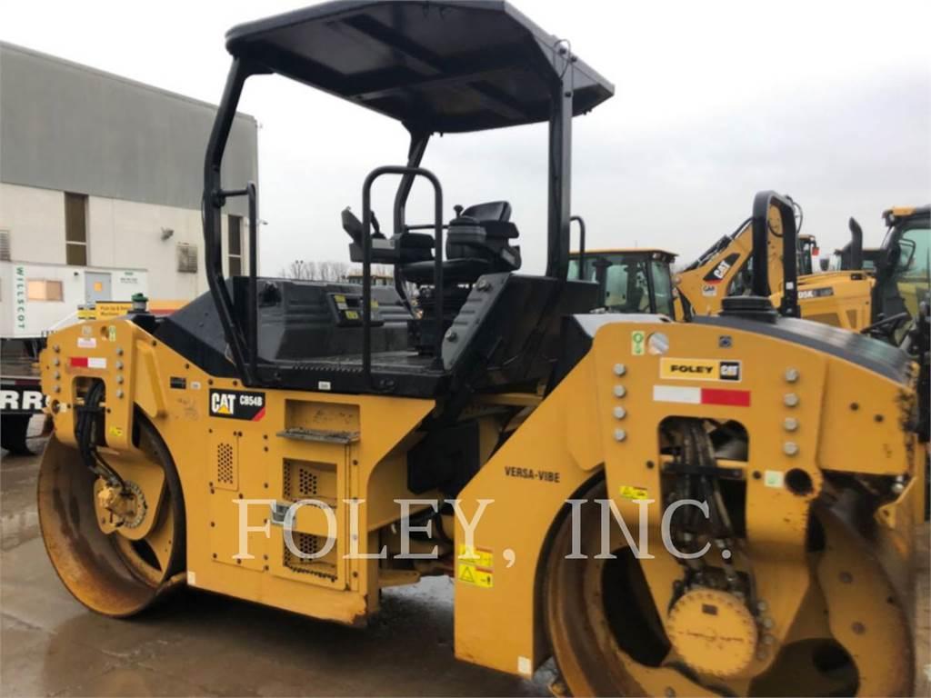 Caterpillar CB54B、土壤压实机、建筑设备