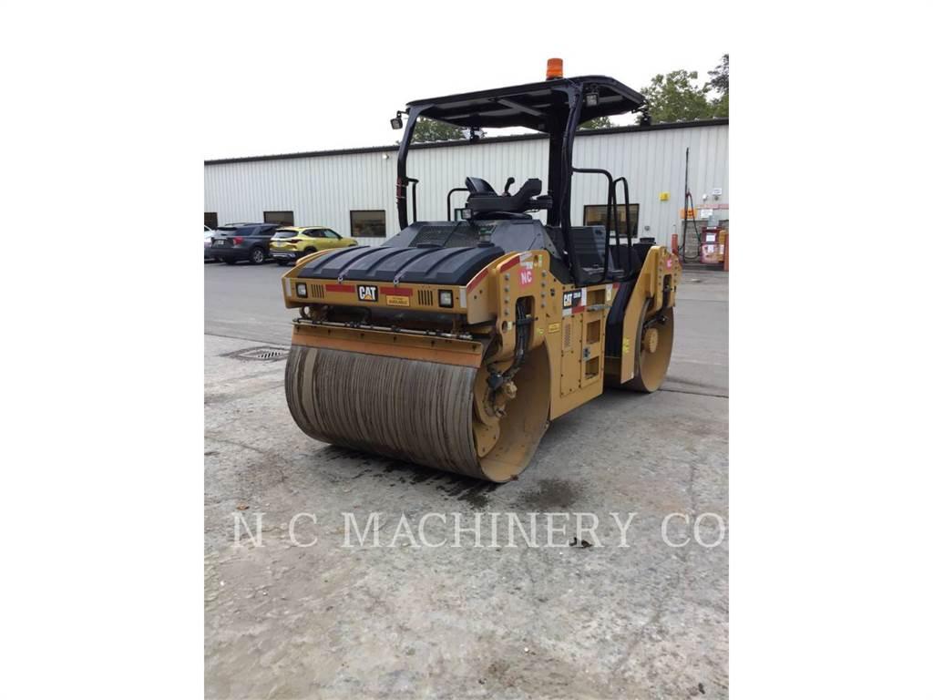 Caterpillar CB54B, Strassenfertiger, Bau-Und Bergbauausrüstung