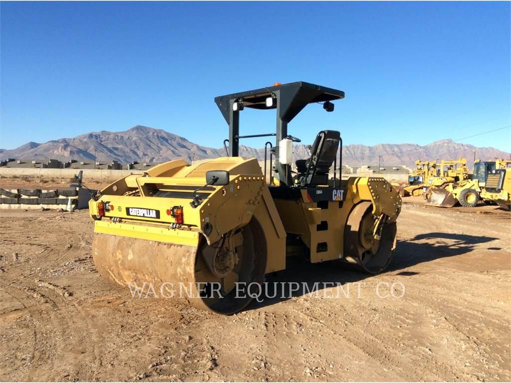 Caterpillar CB64、土壤压实机、建筑设备