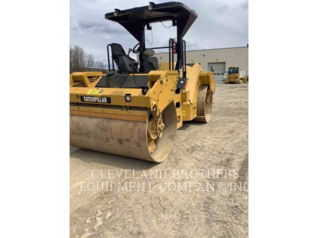 Caterpillar CB64、廃棄物コンパクター、建設