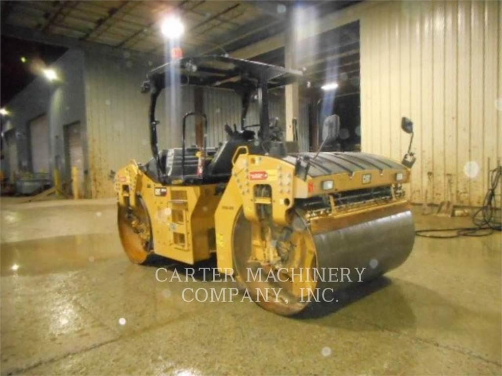Caterpillar CB64B, Twin drum rollers, Construction