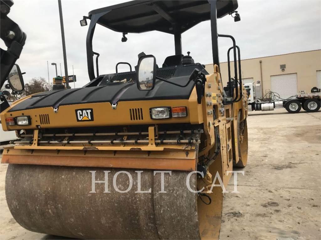Caterpillar CB64B, Single drum rollers, Construction