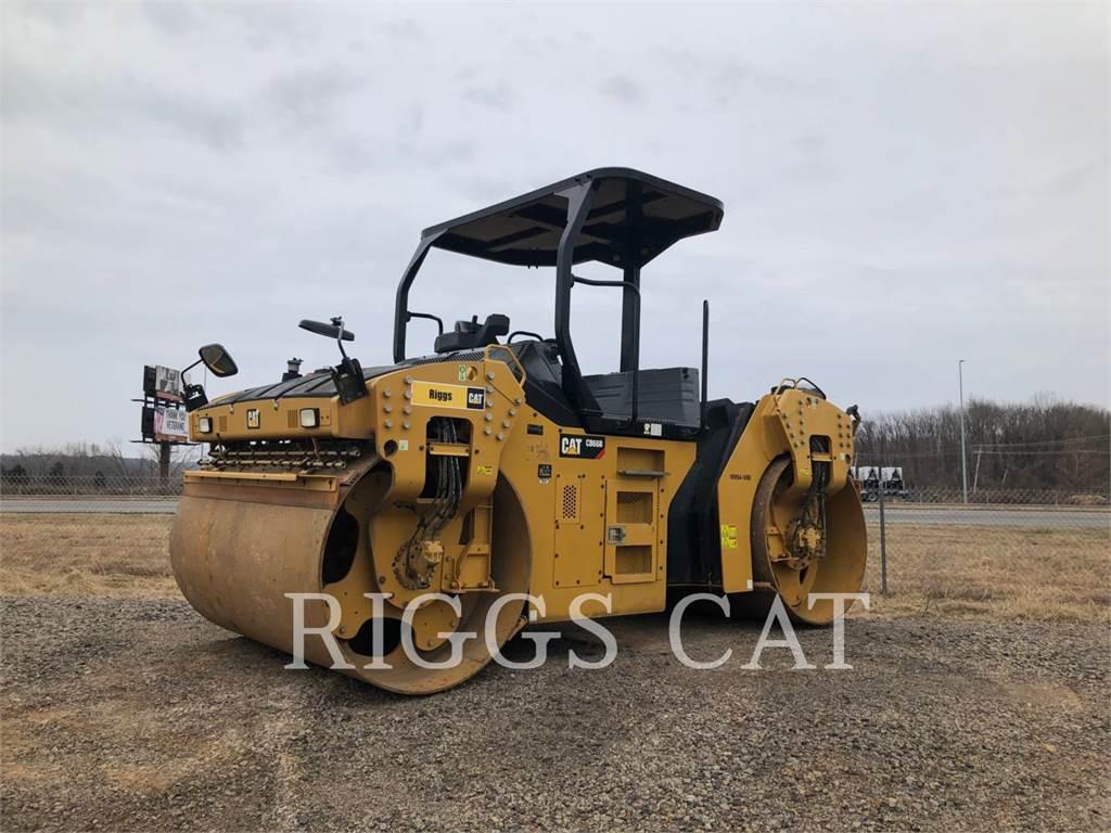 Caterpillar CB66B, Asphalt pavers, Construction
