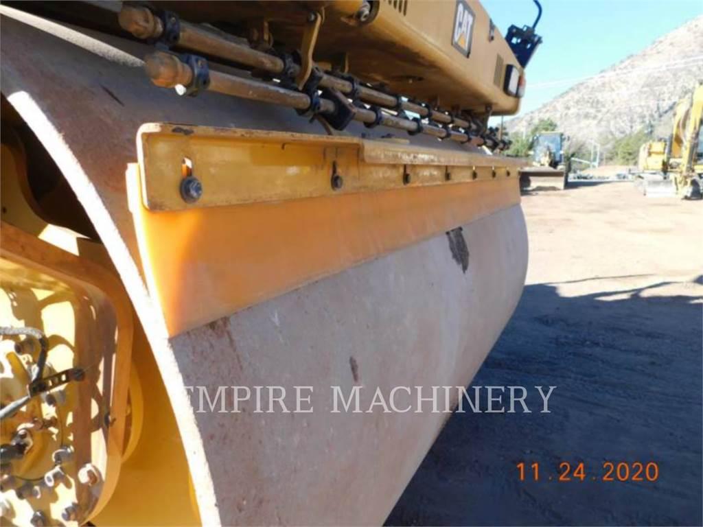 Caterpillar CB66B, Rodillos de doble tambor, Construcción