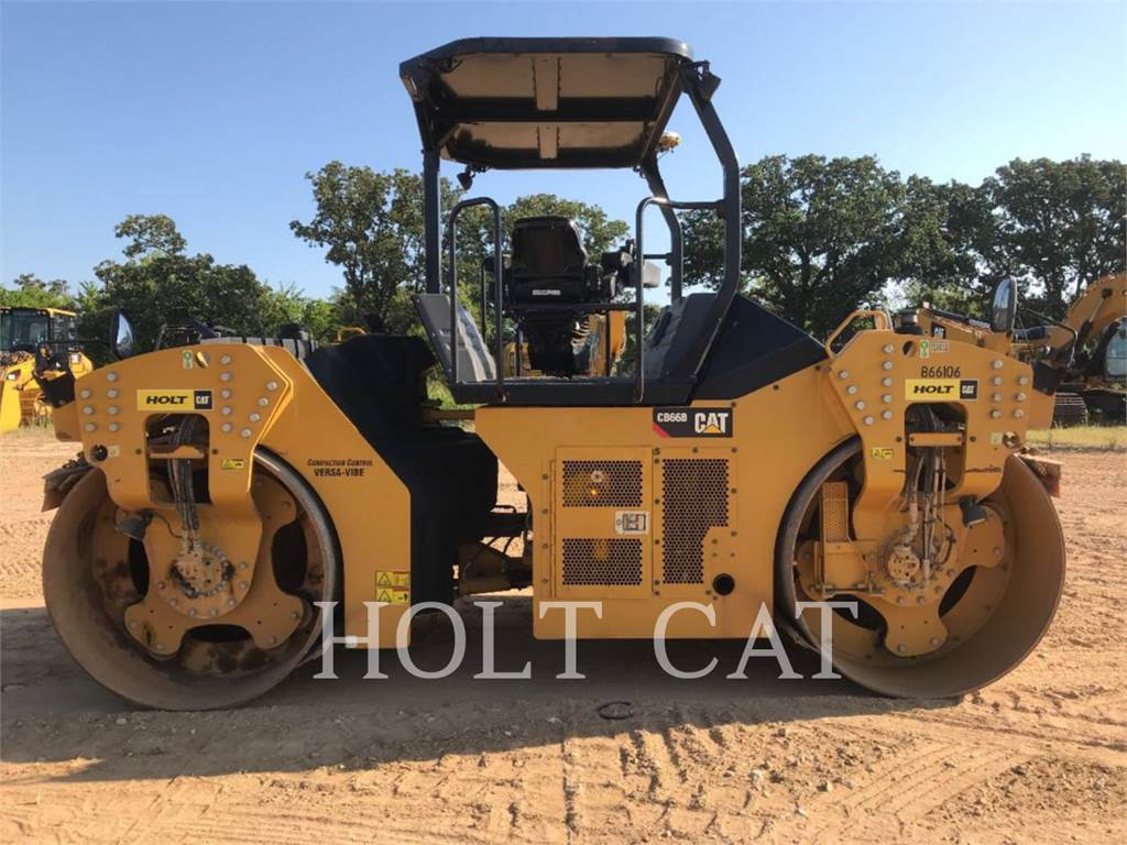 Caterpillar CB66B, Single drum rollers, Construction