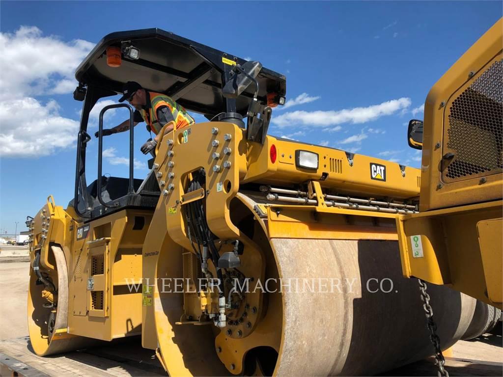 Caterpillar CB66B CW, Twin drum rollers, Construction