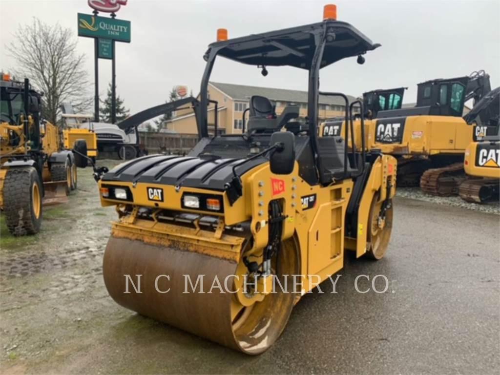 Caterpillar CB7, Asphalt pavers, Construction