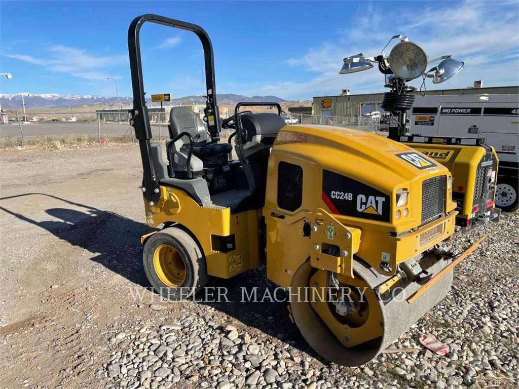 Caterpillar CC24B, combination rollers, Construction