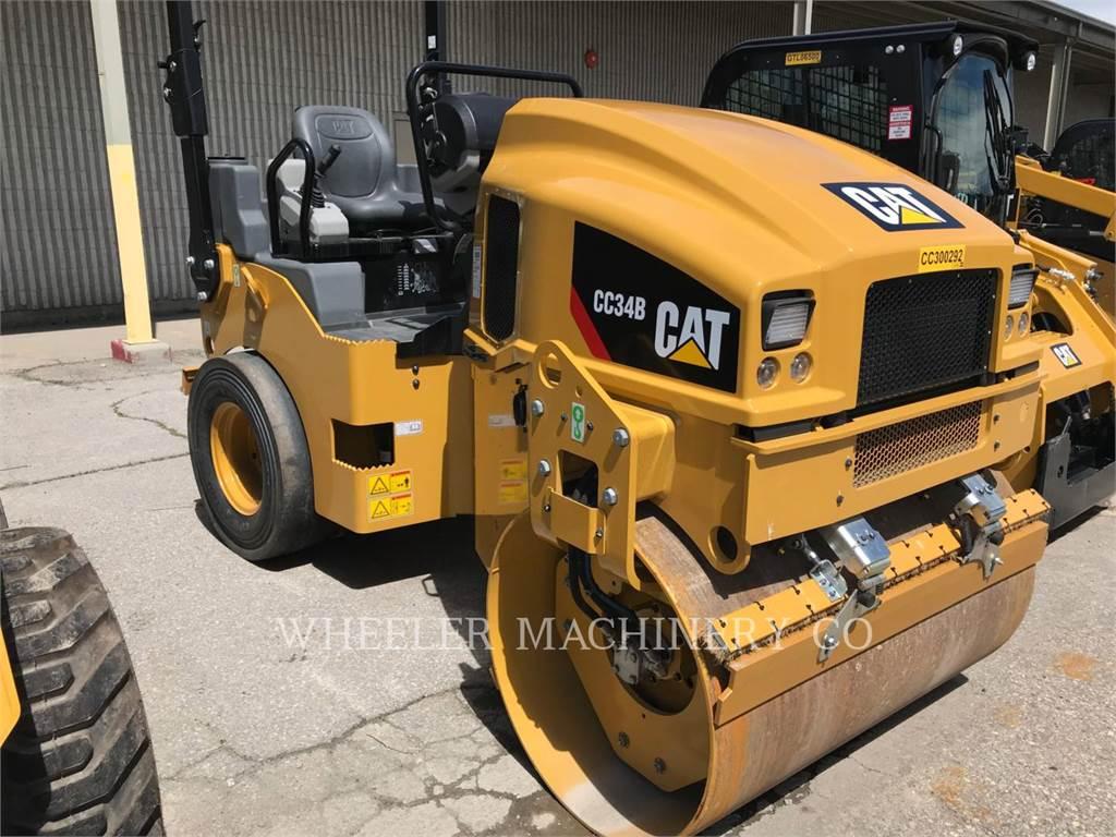Caterpillar CC34B, combination rollers, Construction
