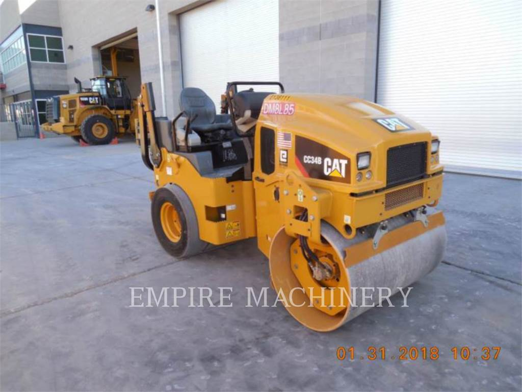 Caterpillar CC34B, combination rollers, Construction