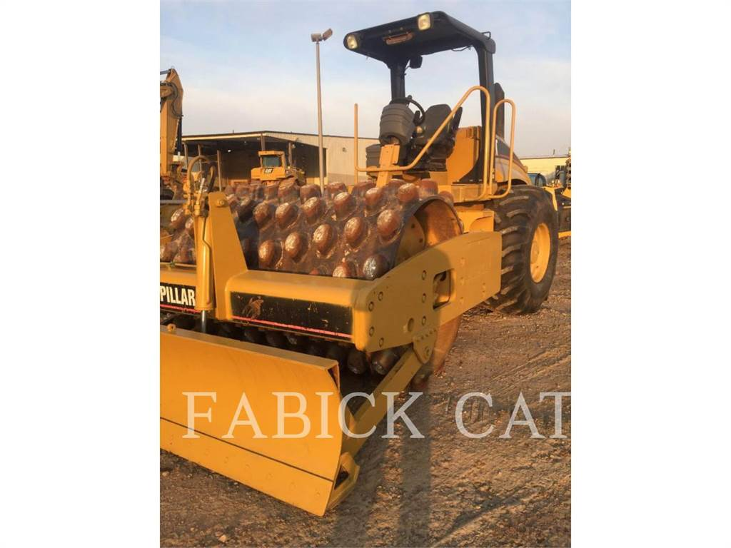 Caterpillar CP-563E, Single drum rollers, Construction