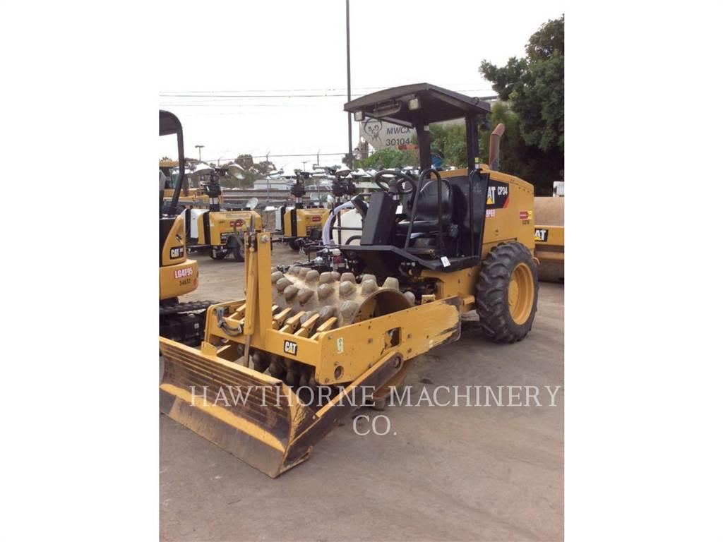 Caterpillar CP34, Rouleaux monocylindre, Équipement De Construction