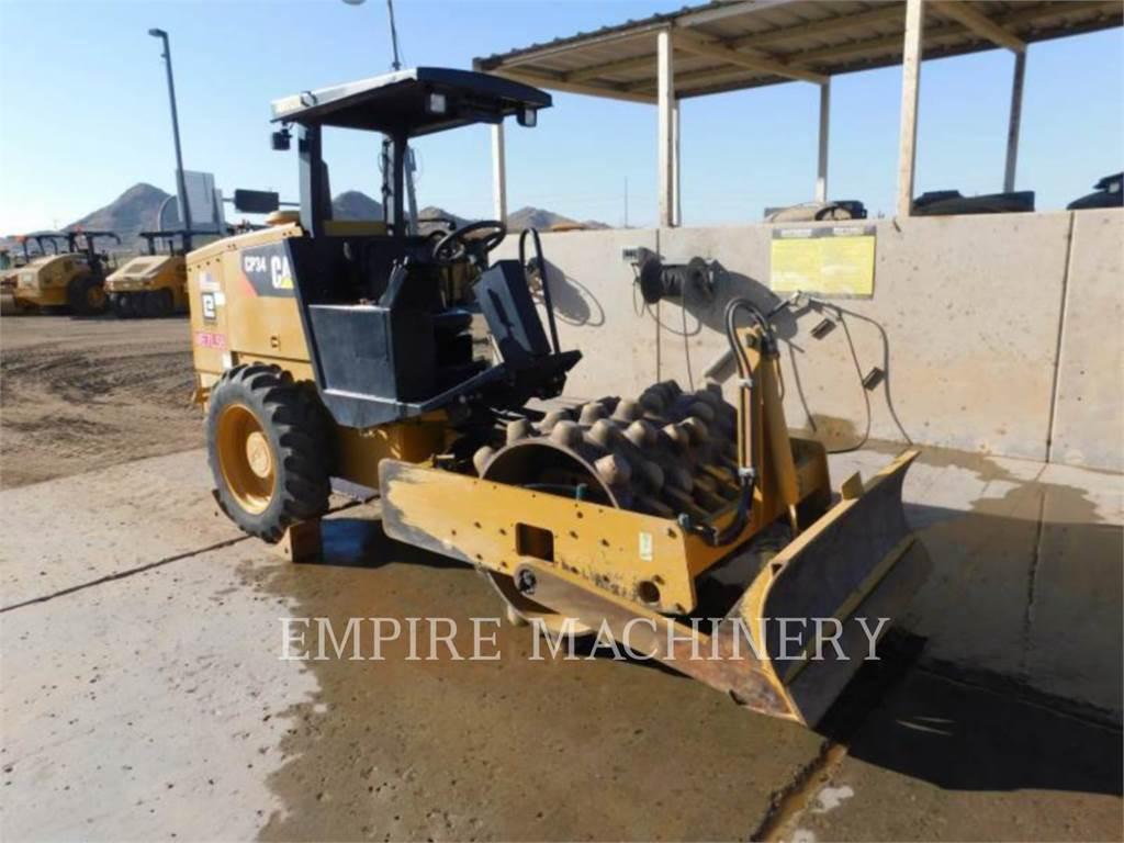 Caterpillar CP34, Cilindros Compactadores monocilíndricos, Equipamentos Construção