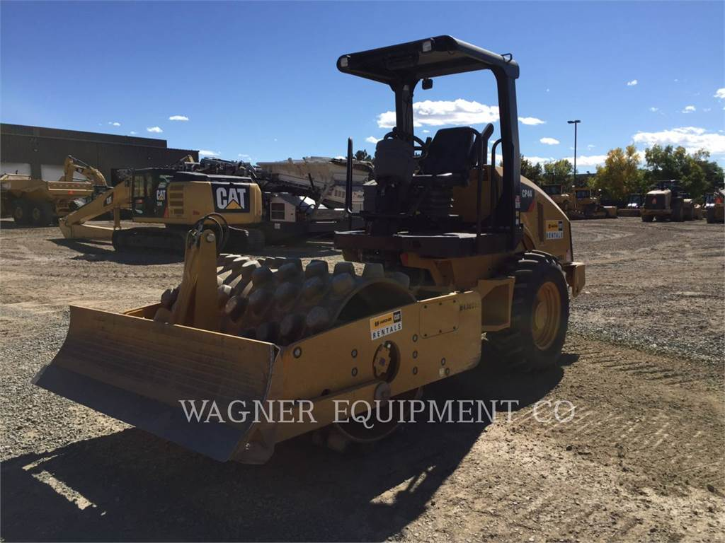 Caterpillar CP44, Compactors, Construction