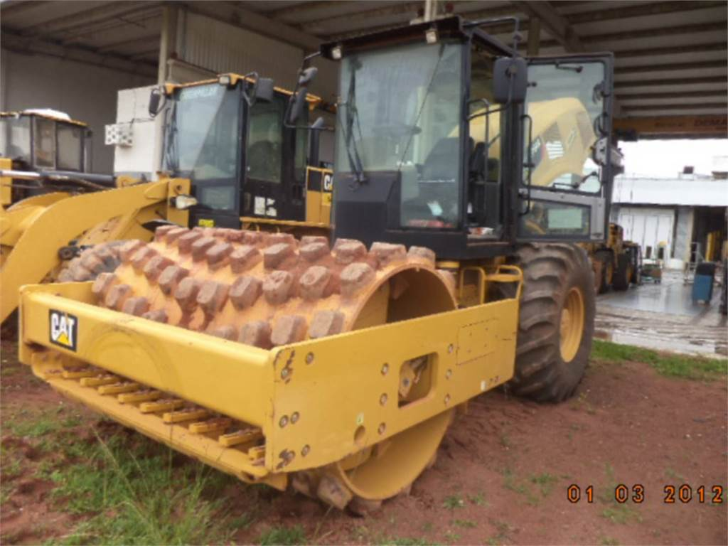Caterpillar CP54B, Single drum rollers, Construction