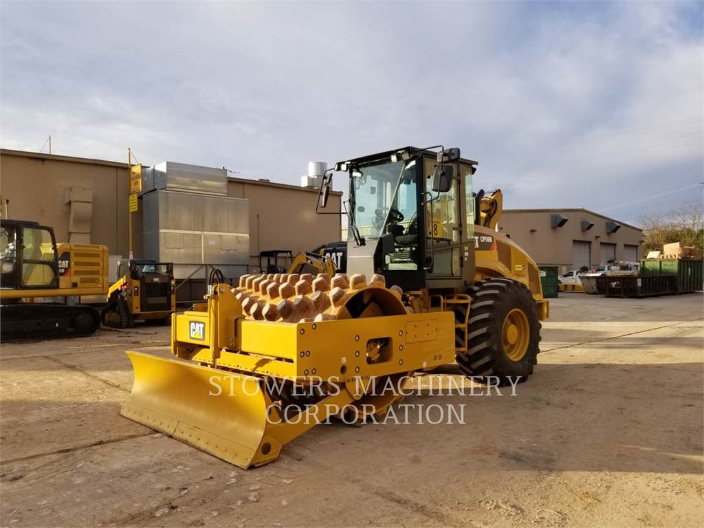 Caterpillar CP56, Dozers, Construction