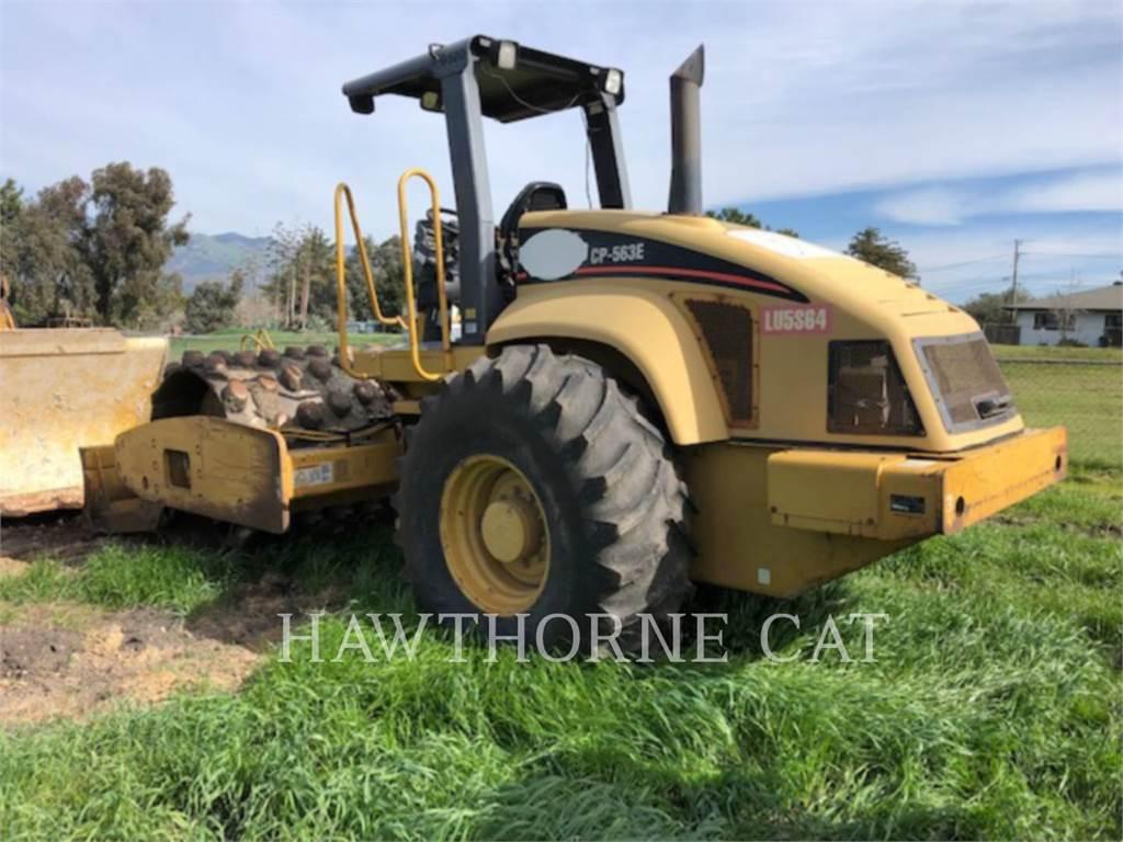 Caterpillar CP563E, Compactadores, Equipamentos Construção