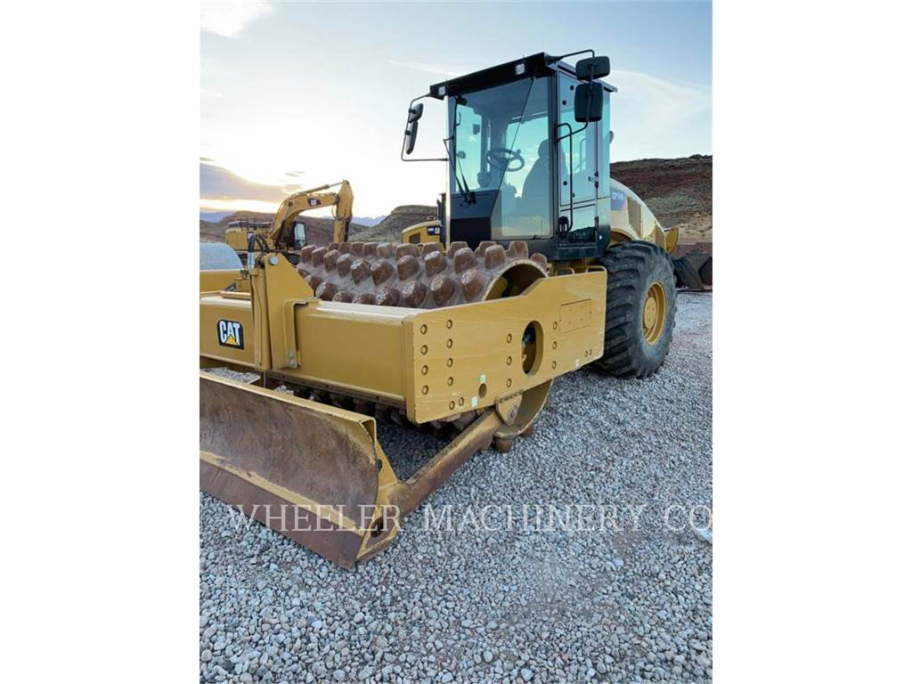 Caterpillar CP74B, Single drum rollers, Construction
