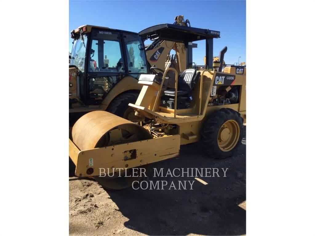 Caterpillar CS-323C, Single drum rollers, Construction