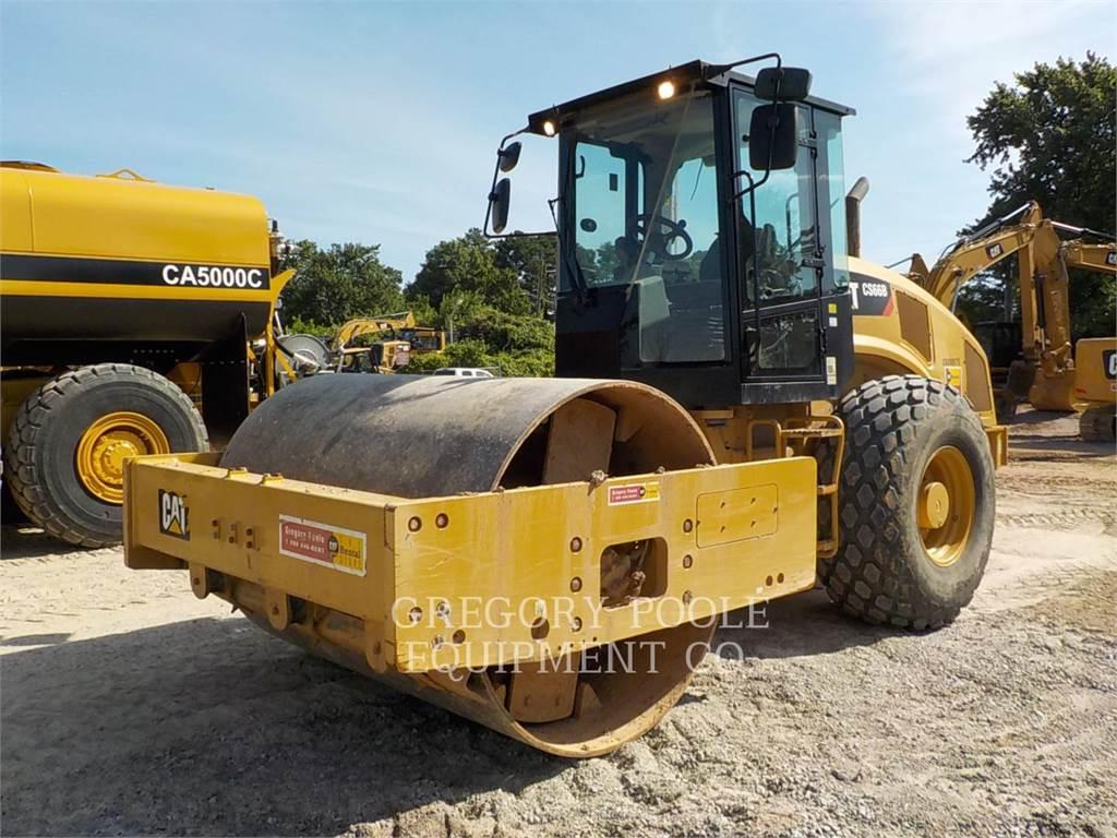 Caterpillar CS-66B, Rouleaux monocylindre, Équipement De Construction