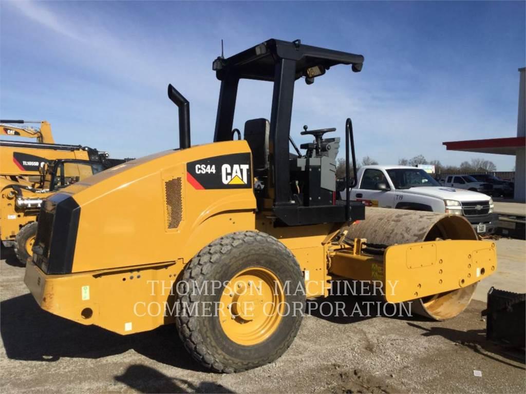 Caterpillar CS44, Waste Compactors, Construction