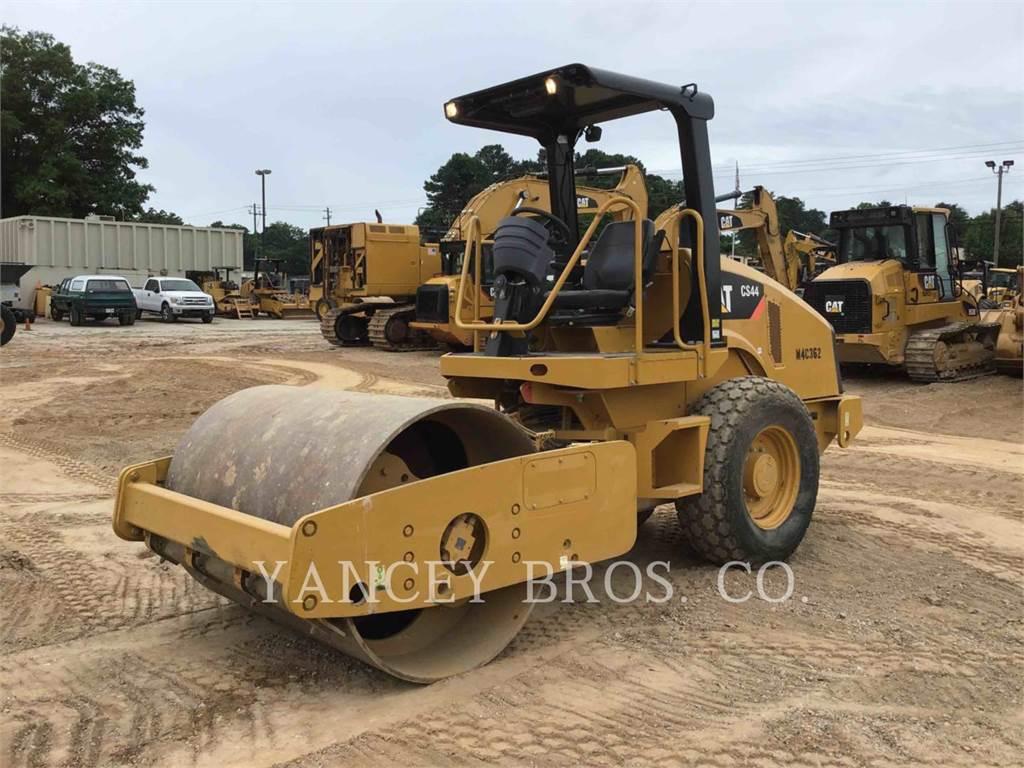 Caterpillar CS44, Compactors, Construction