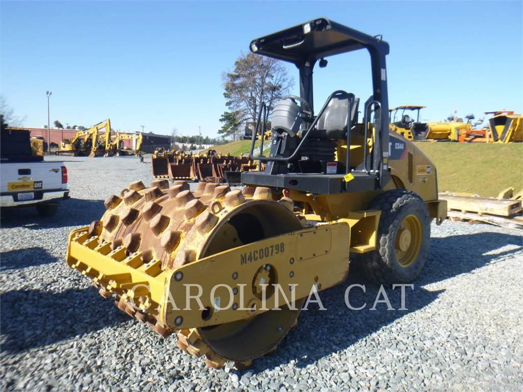 Caterpillar CS44 SK, Twin drum rollers, Construction