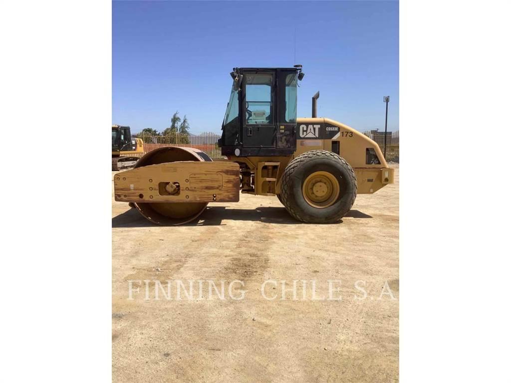 Caterpillar CS533E, Single drum rollers, Construction