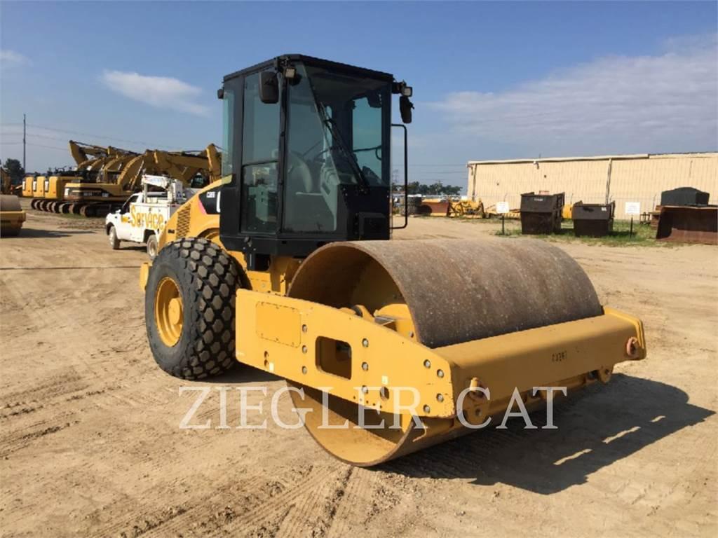 Caterpillar CS56, Single drum rollers, Construction