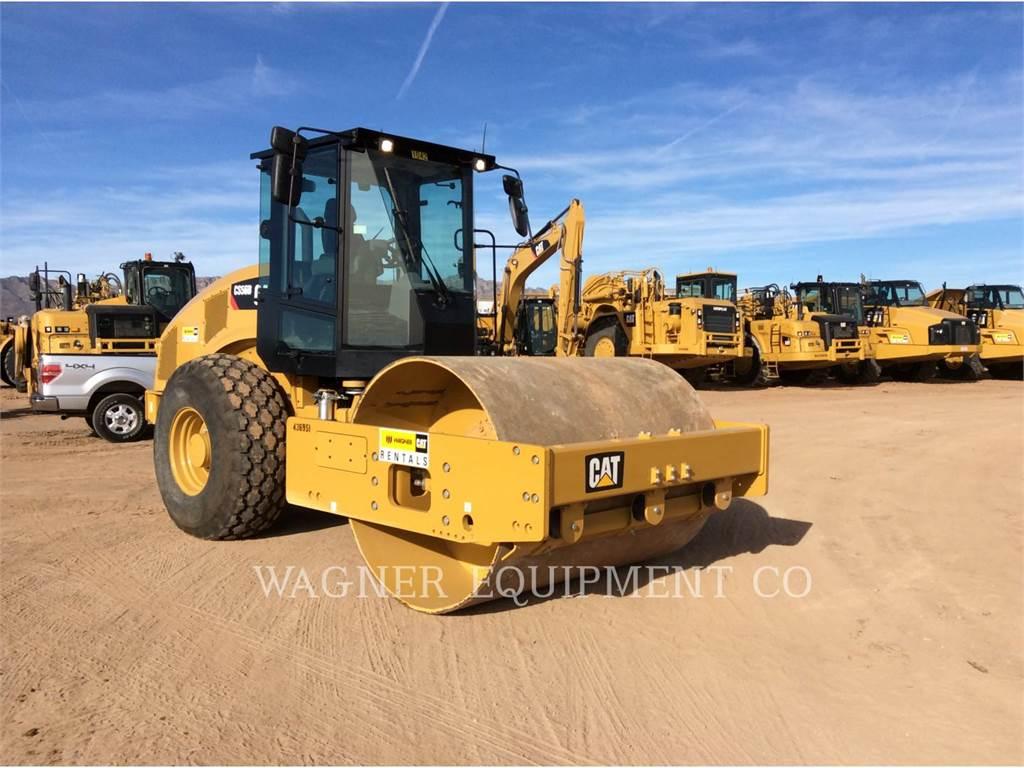 Caterpillar CS56B, Walce jednobębnowe, Sprzęt budowlany