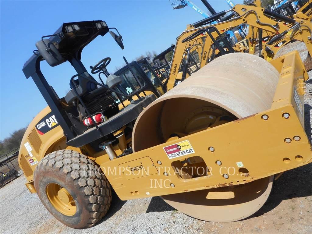 Caterpillar CS56B, Compactoare monocilindrice, Constructii