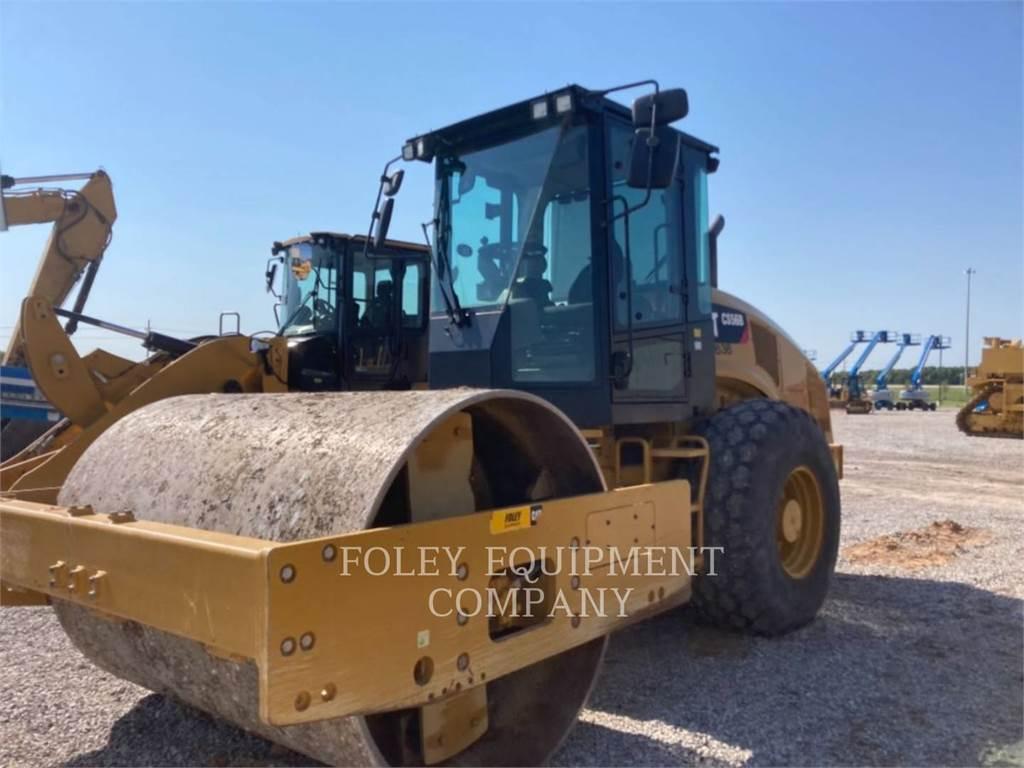 Caterpillar CS56B、土壤压实机、建筑设备