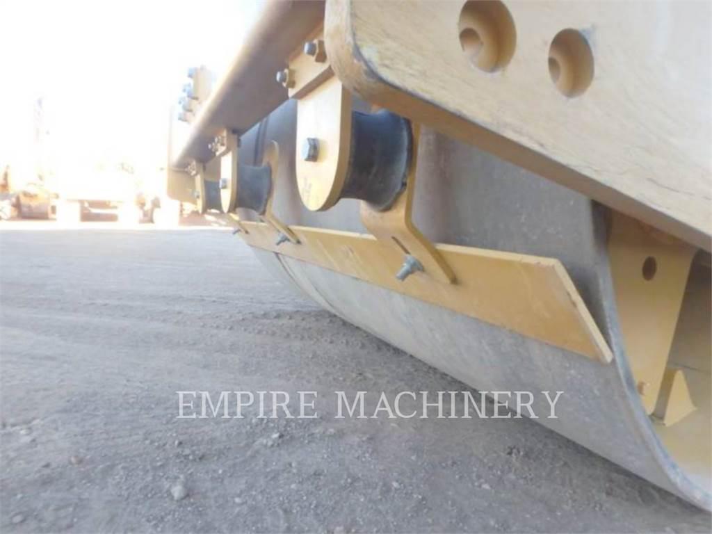Caterpillar CS56B CA, Compactoare monocilindrice, Constructii